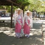 Deux belles japonaises en kimono