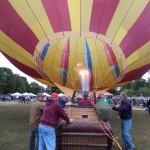 Soufflage d'une montgolfière