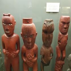 Sculptures sur bois Maori