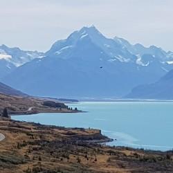 La route le long du lac Pukaki nous menant au Mont Cook/Aoraki National Park