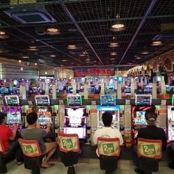 Salle de jeux electroniques