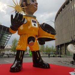Statue géante Osaka Station City