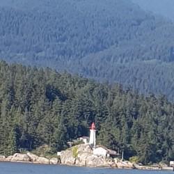 Phare, on quitte la baie de Vancouver