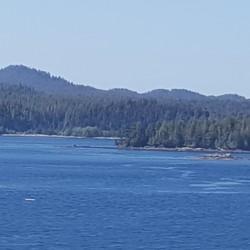 Magnifiques paysages longeant la côte le long des îles