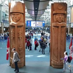 Totem indiens aéroport de Vancouver