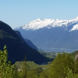Vue vers le fjord
