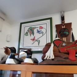 Les loon (huards) d'Allen exposés dans un magasin d'artisanats