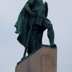 sculture Viking